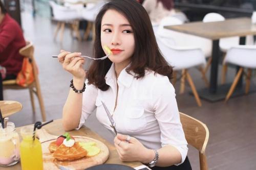 ตำรวจ เวียดนาม_phuong-thuy-police-girl-6