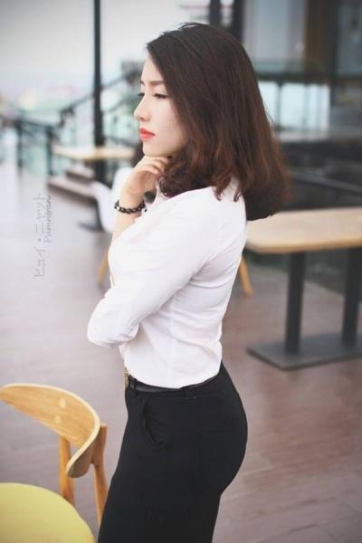 ตำรวจ เวียดนาม_phuong-thuy-police-girl-7