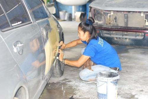 สาว อู่ ซ่อม รถ_E72D060ABD7240D9B51D551752AECDA9