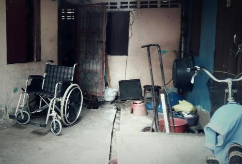 พ่อป่วย อัมพฤก เก็บขยะขาย รักษาพ่อ_22254787_747130275472235_4811399957030878909_o-1